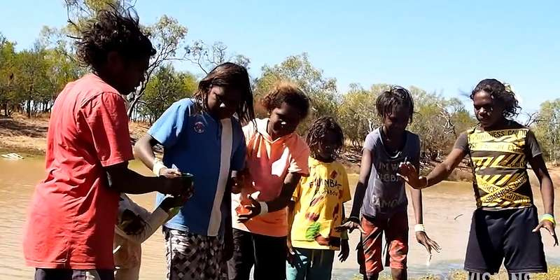 Australia: Smoking causes half of Indigenous Australian deaths over 45, study shows