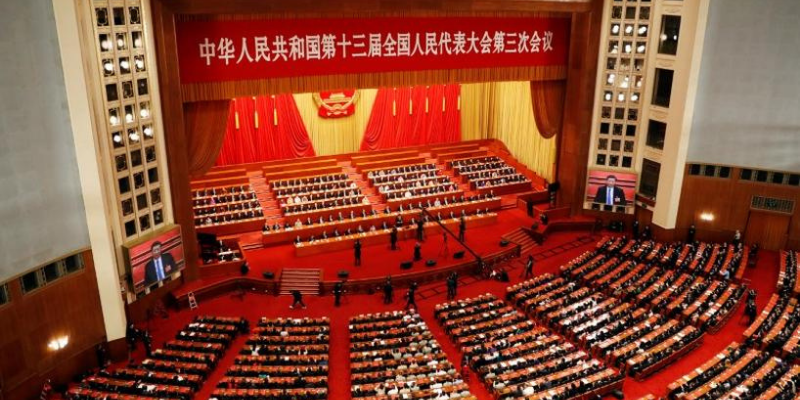 Lawmaker suggests complete indoor smoking ban, national smoke-free law in China