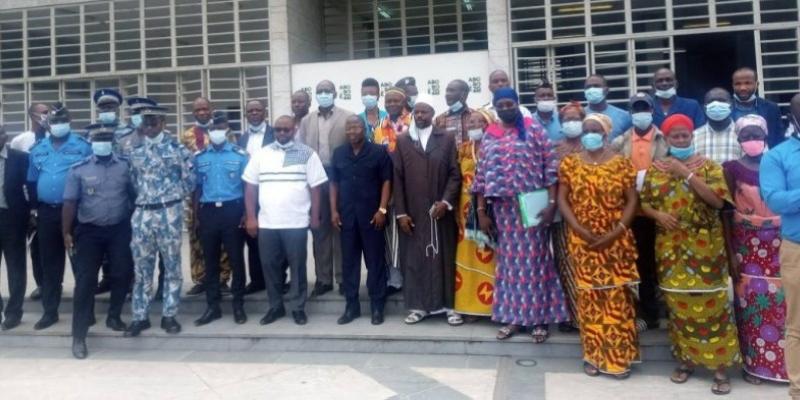 Interdiction de fumer dans les lieux publics et les transports: L'Etat ivoirien revient à la charge